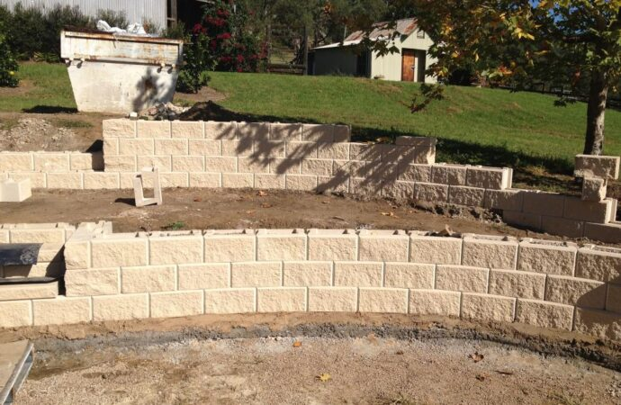 Retaining & Retention Walls-Arlington TX Professional Landscapers & Outdoor Living Designs-We offer Landscape Design, Outdoor Patios & Pergolas, Outdoor Living Spaces, Stonescapes, Residential & Commercial Landscaping, Irrigation Installation & Repairs, Drainage Systems, Landscape Lighting, Outdoor Living Spaces, Tree Service, Lawn Service, and more.